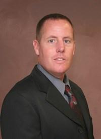 UW-L cross country coach Derek Stanley