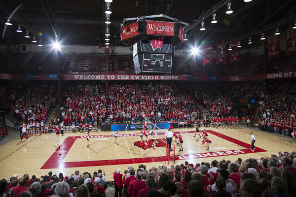 Badgers move to Sweet 16