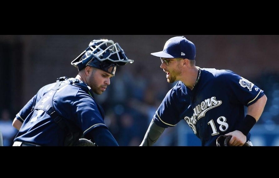 Sogard has 4 hits, 3 RBI as first-place Brewers win at Padres