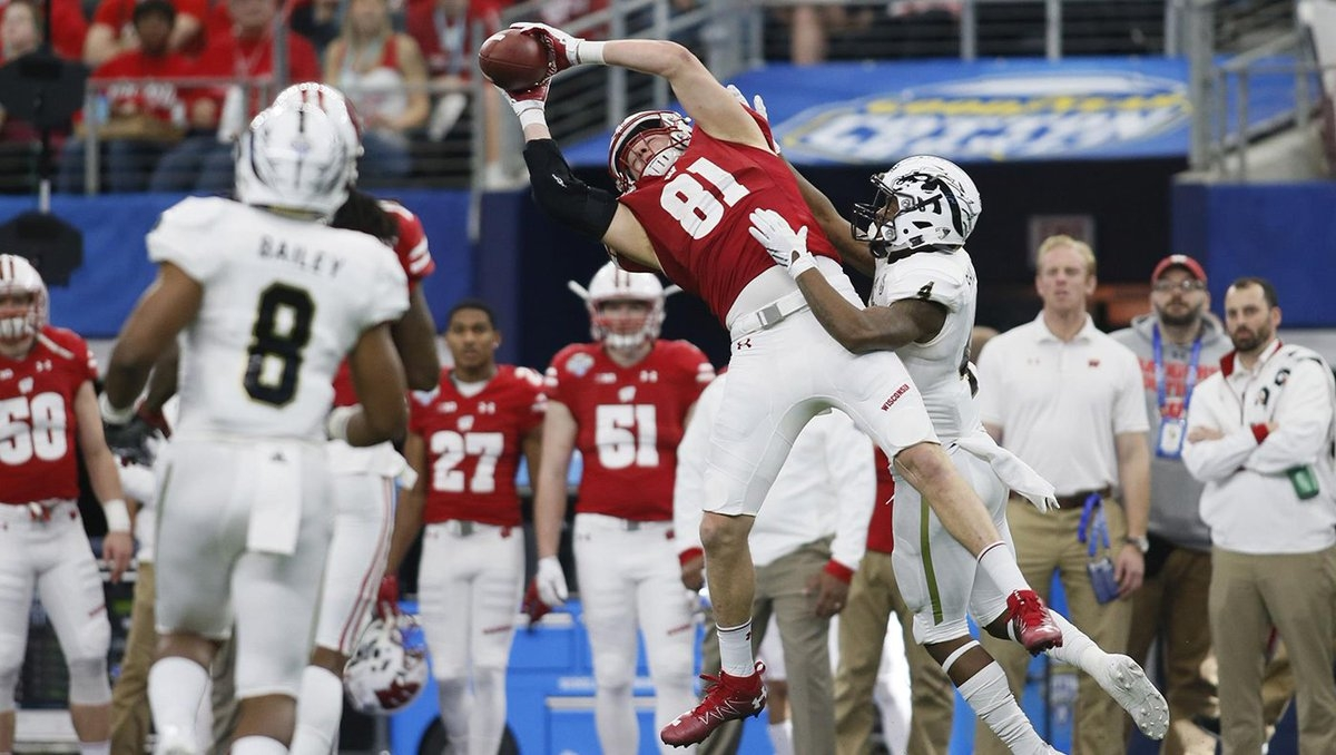 Badgers TE on preseason watch list for John Mackey Award