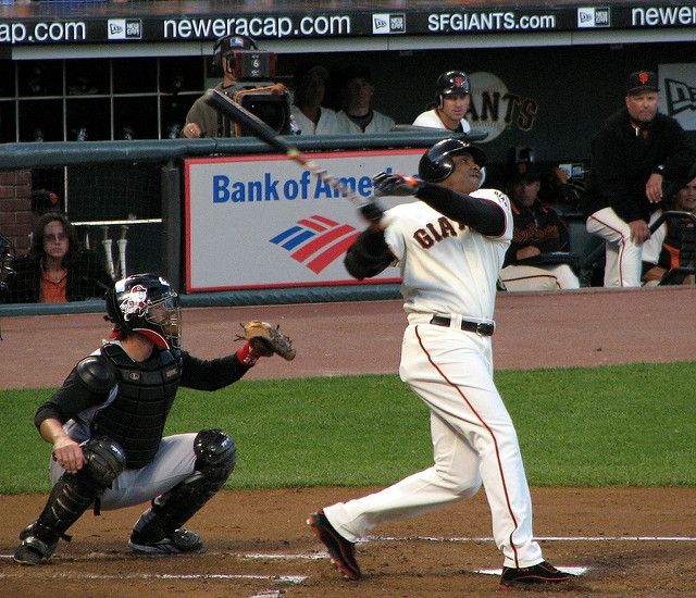 Home run king Bonds says he wishes he'd played 1 more year