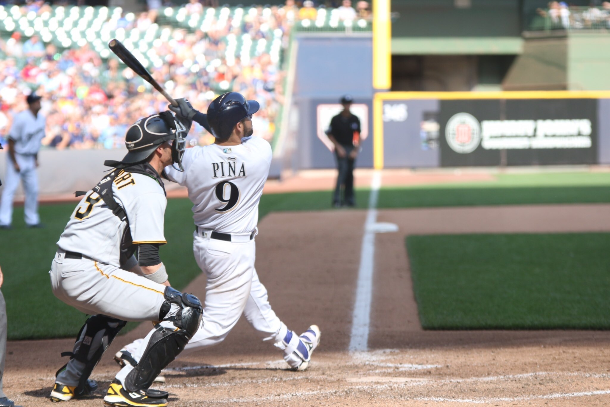 Despite Nelson's rough start, Brewers find another way to win