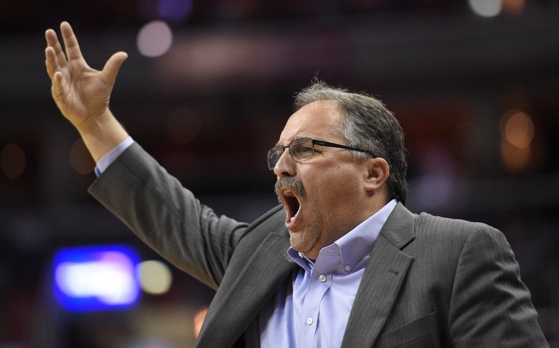 Detroit coach Stan Van Gundy supports protesting athletes