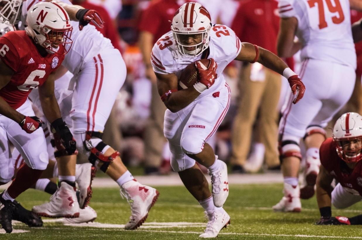 COLLEGE FB: 25 takeaways from the Top 25 — UW freshman runs wild again