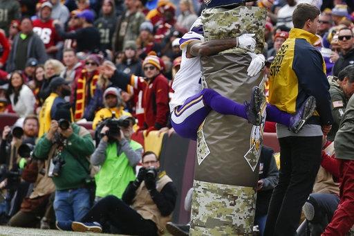 WATCH: Vikings leapfrogging in the end zone