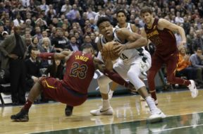 Cavaliers Bucks Basketball