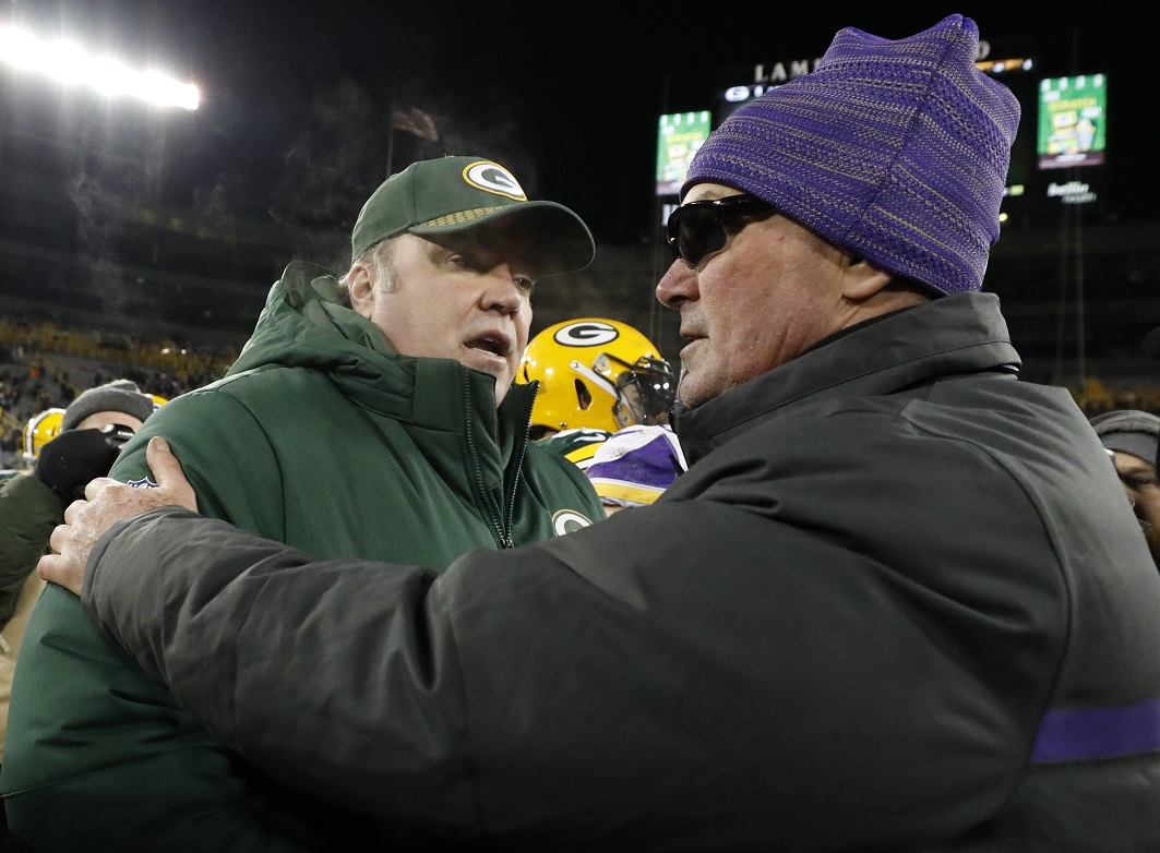 Packers left to try to avoid a losing record