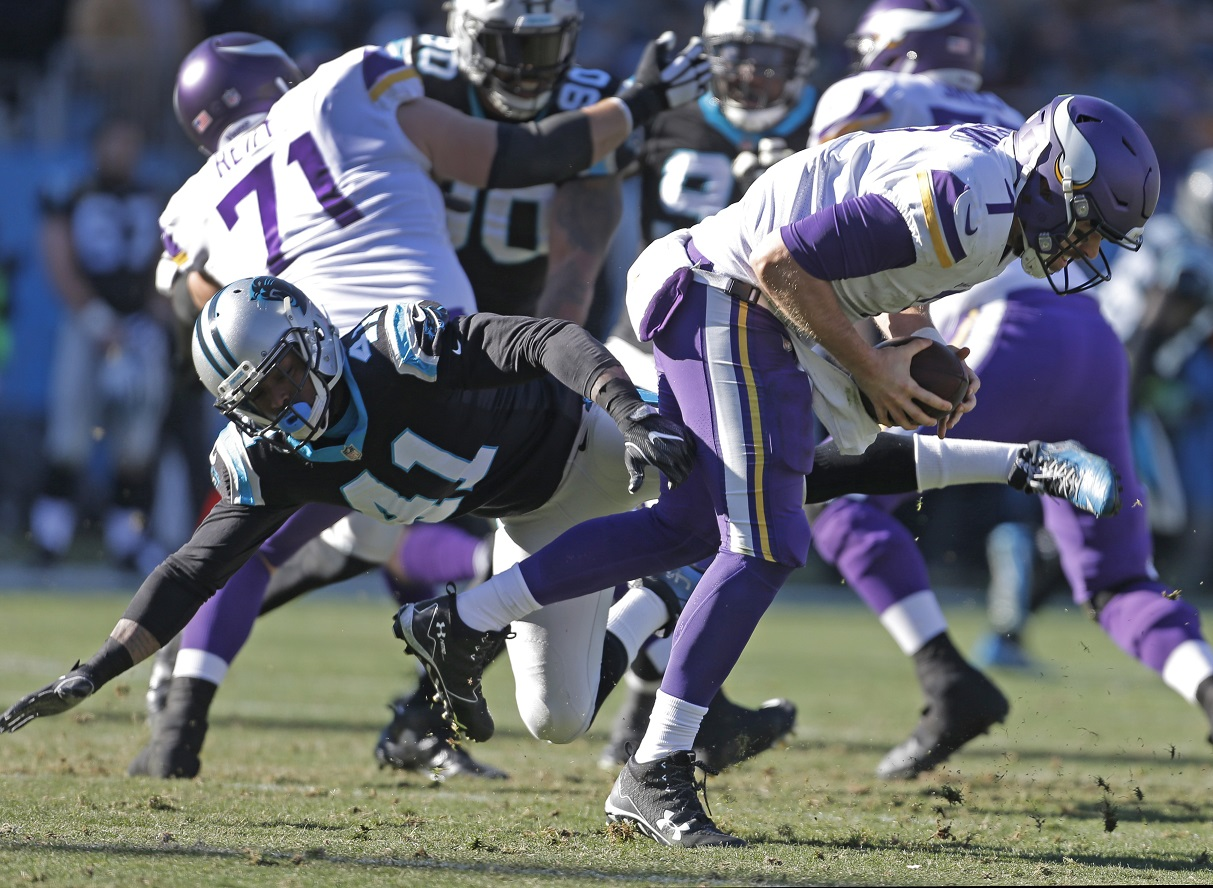 Panthers' D records 6 sacks, 3 takeaways to beat Vikings