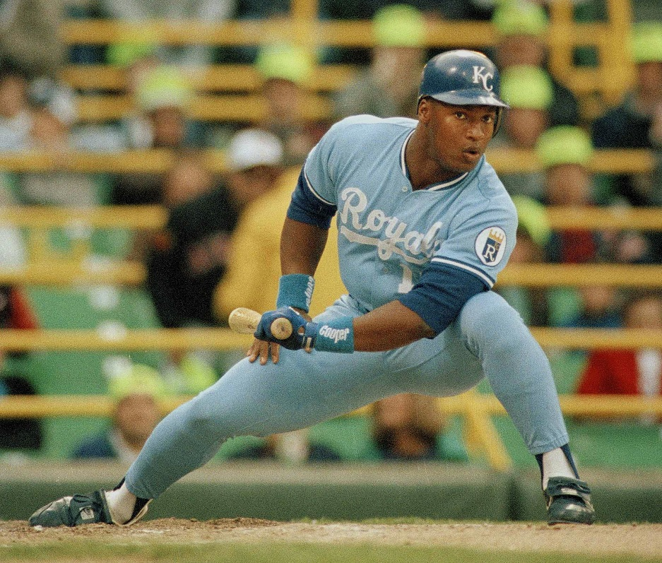 Nice Fit Bo Jackson Returns To Work With Royals In Camp Wkty