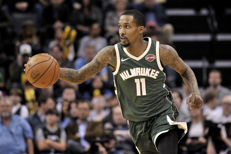 Jennings gets near triple-double as Bucks hand Memphis 18th straight loss