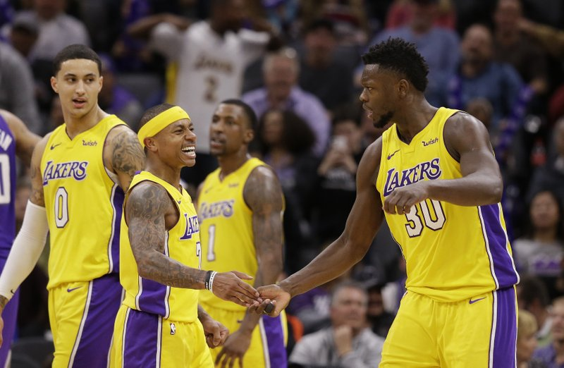 watch 280a7 c1bf0 Lakers' Isaiah Thomas: 'All you need is 1 team to love you ...
