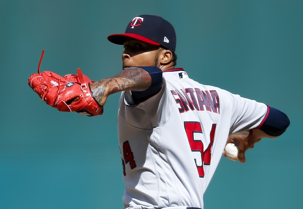 Twins SP Santana heads to New York to have injured finger examined