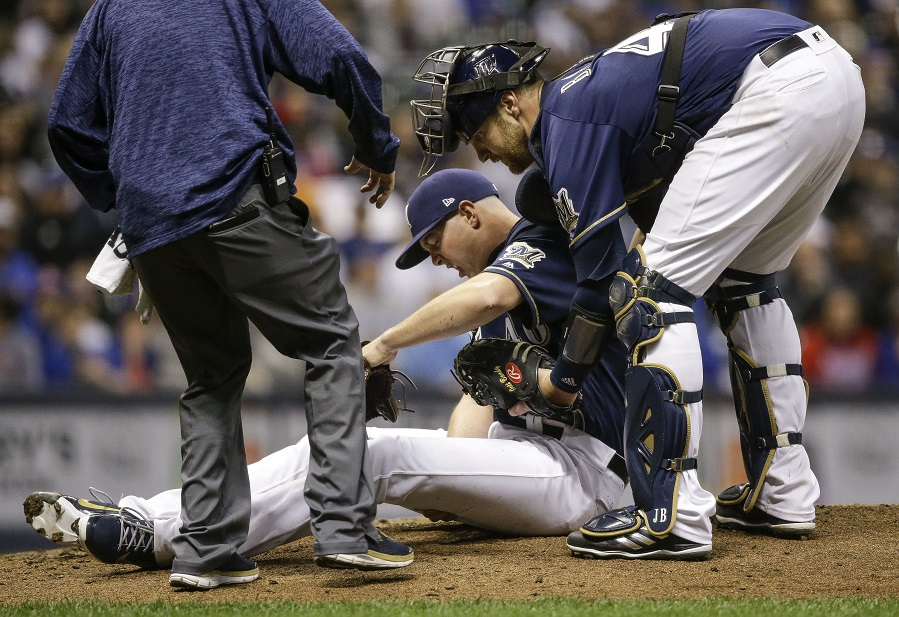 WATCH: Closer Knebel clutches hammy, goes to ground after throwing pitch, as Brewers are shut out