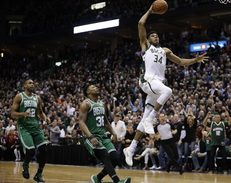 Expectations rise as Giannis, Bucks move into new arena