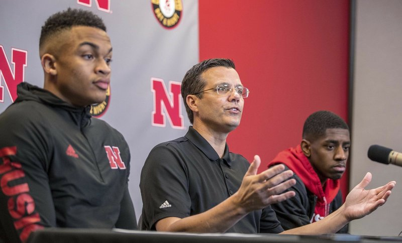 Advisers aid baseball prospects, might do same in basketball
