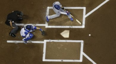 Brewers Dodgers Machado swing AP
