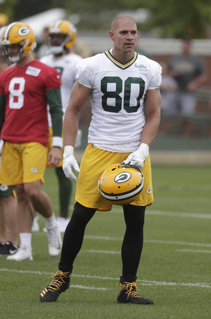 Graham building chemistry in Green Bay with Rodgers
