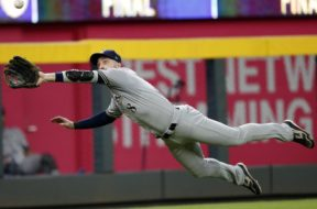 Brewers Ryan Braun diving catch AP