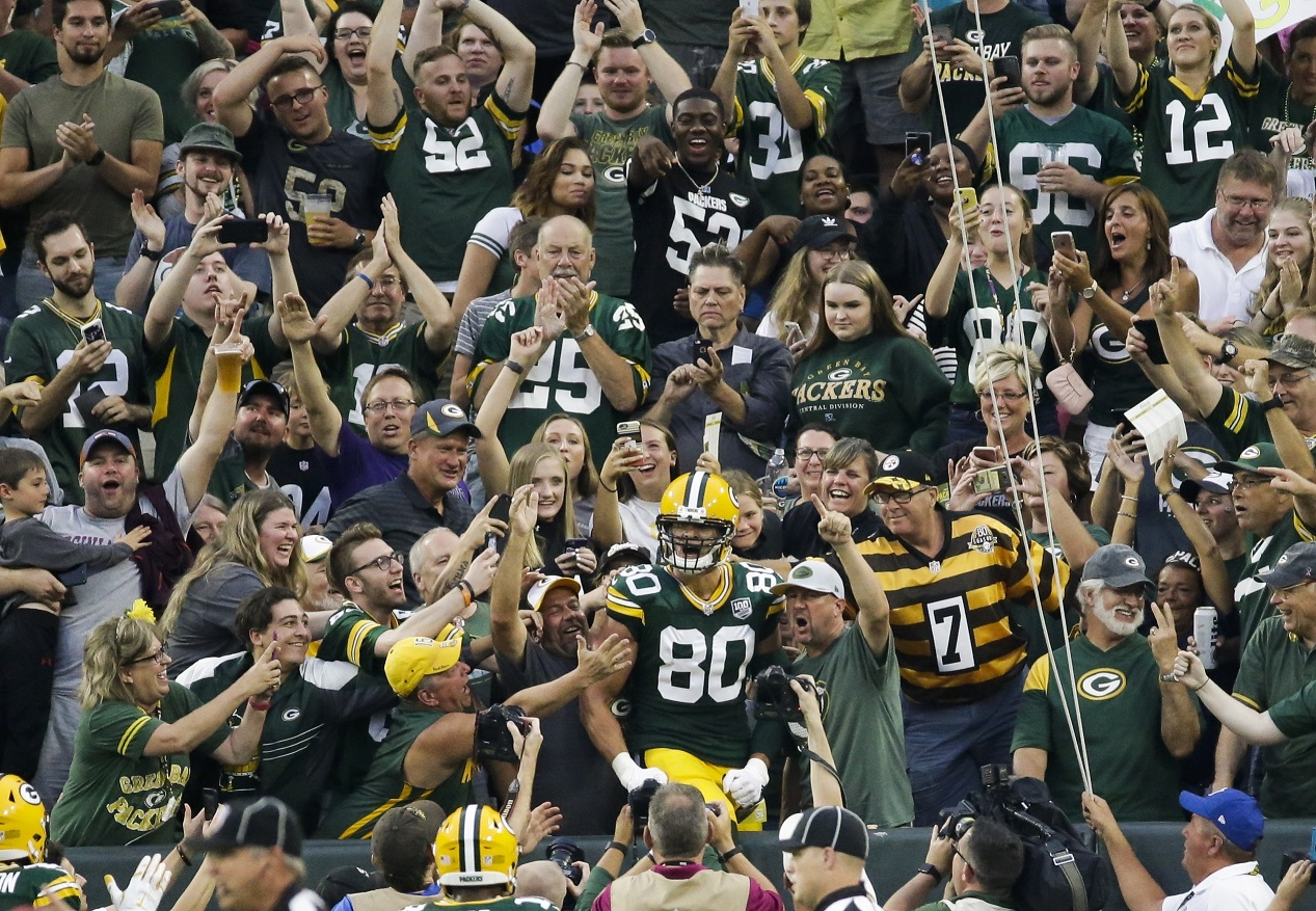 Rodgers hits Graham for TD as Packers beat Steelers in shootout