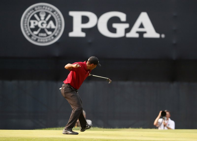 On the brink: Woods electrifies in 2nd-place finish at PGA