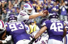 Bills Josh Allen v Vikings AP