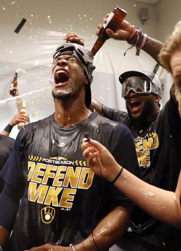 WATCH: Bob Uecker gets Miller Lite shower as Brewers clinch playoff berth