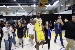 Lakers LeBron James AP