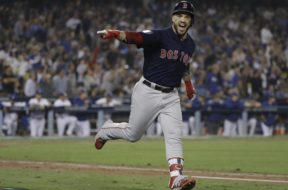 Boston Steve Pearce World Series AP