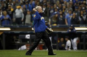 Brewers Bud Selig Game 6 first pitch AP