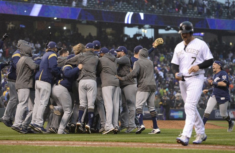 Brewers sweep, sweep, sweep, sweep; NLCS for first time since 2011