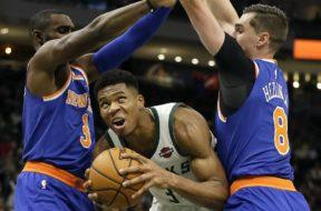Bucks Giannis Knicks AP