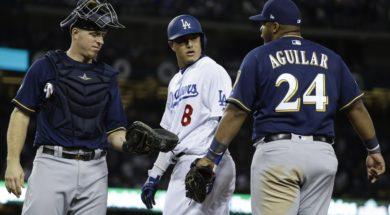 Machado stares Aguilar AP