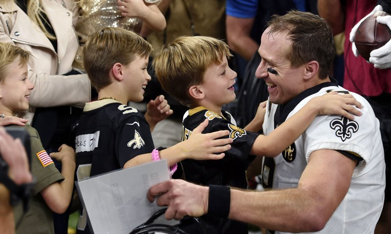 Going the distance: Brees breaks NFL mark for yards passing