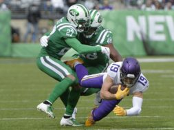 Viking Adam Thielan Jets AP