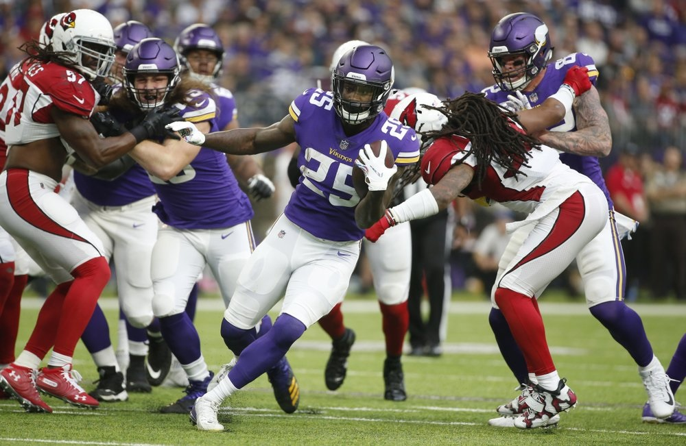ec2c42ac Vikings RB Latavius Murray carries big load on field and off – WKTY