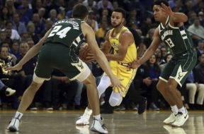 Warriors Curry Bucks Brogdon AP
