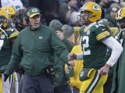Packers Philbin Rodgers sideline AP