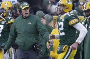 Packers Philbin Rodgers sideline AP