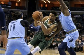 Bucks Giannis v Grizzlies Conley AP