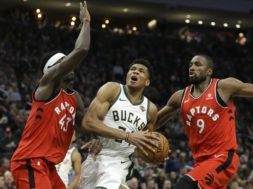 Bucks Giannis v Raptors