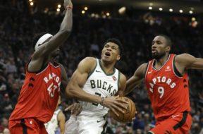 Bucks Giannis v Raptors