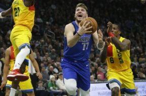 Mavericks Bucks Basketball