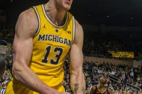 Michigan basketball AP