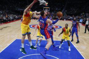 Pistons Blake Griffin Bucks Lopez AP