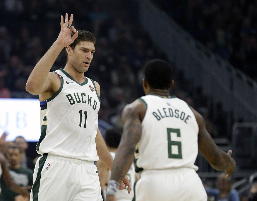 Lopez's 3-pointers have become a key for NBA-best Bucks