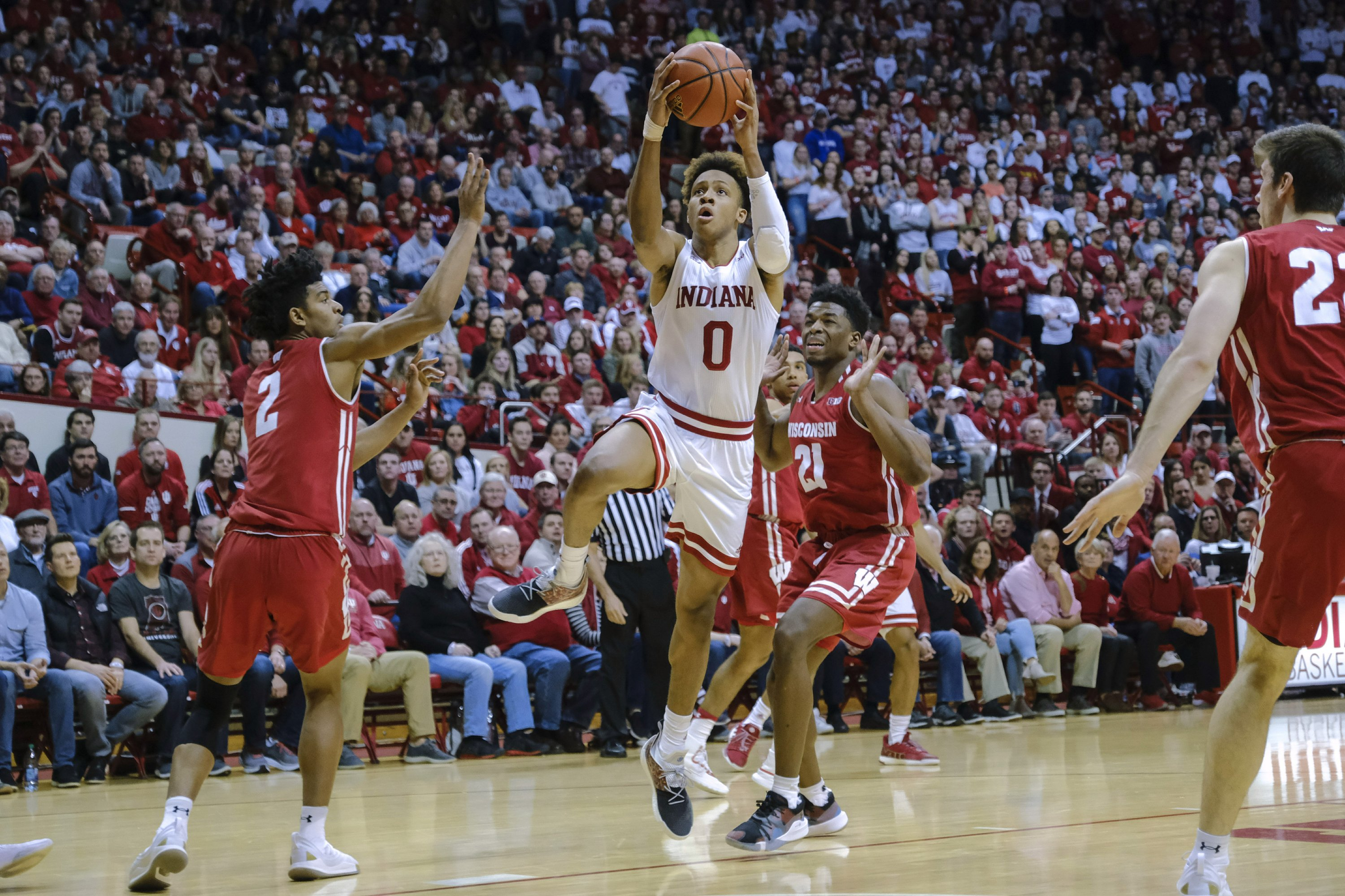 Freshman Langford's layup with .7 left takes down No. 19 Badgers in 2OT