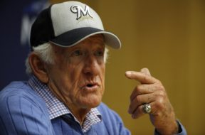 Brewers Bob Uecker AP