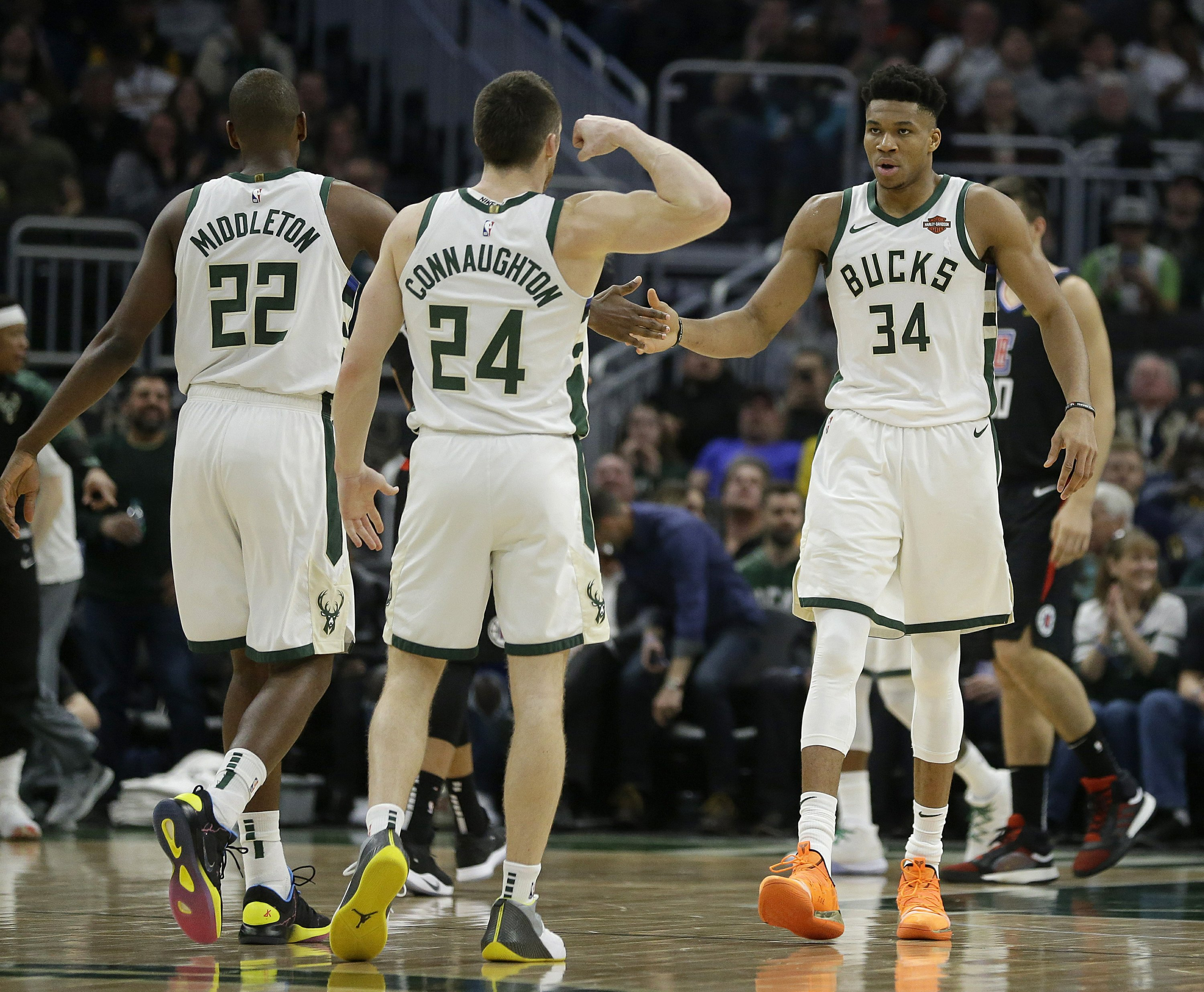 Up 2-0, Bucks-Pistons series heads to Detroit