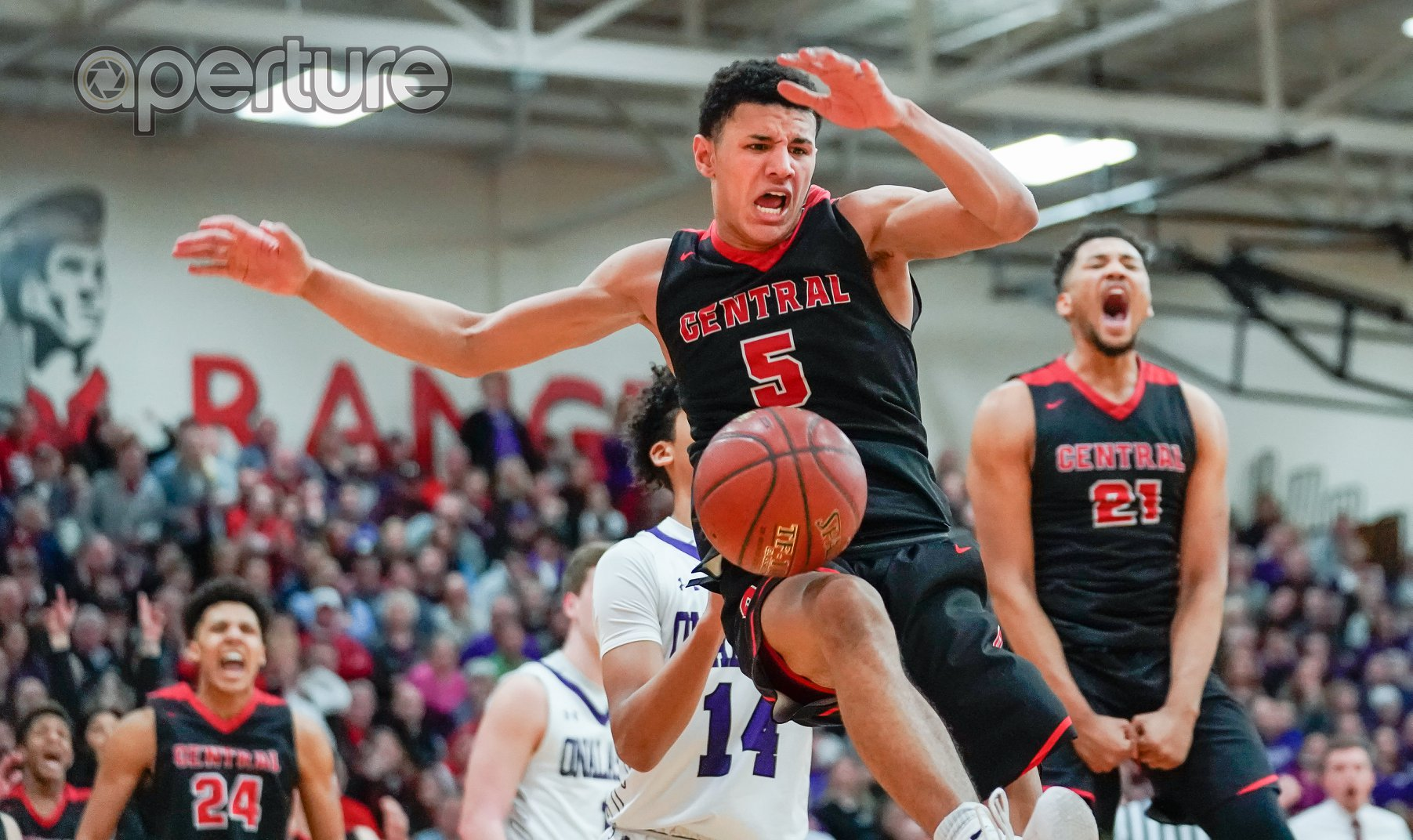 Central's Davis unanimous decision for first team AP all-state