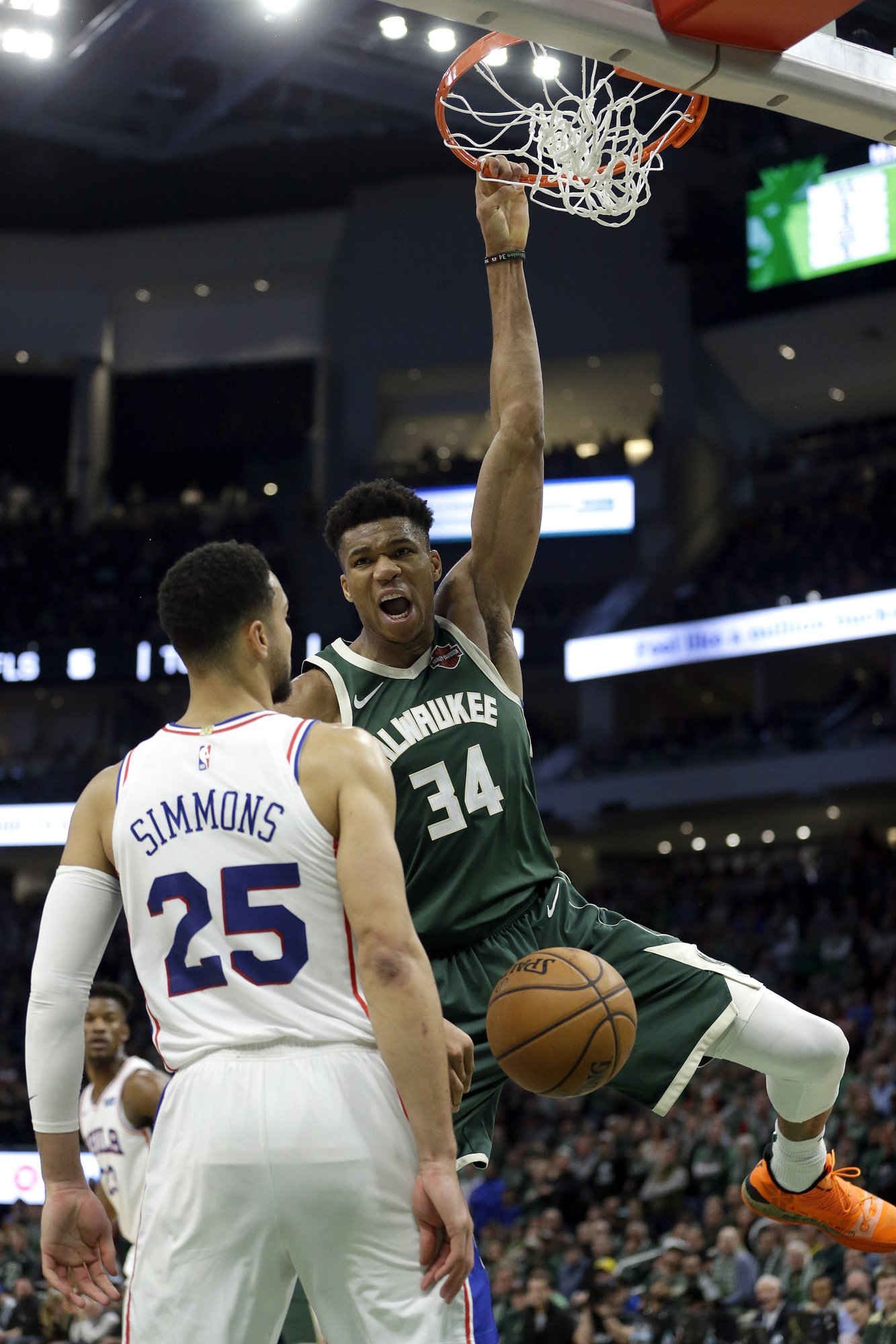 """SHAQ ON GIANNIS: """"The kid is better than me at 24."""""""
